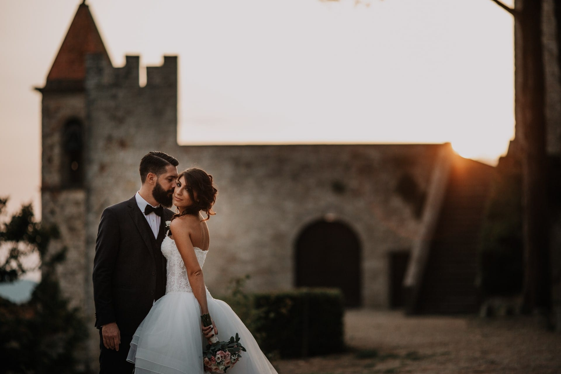 https://righiphotography-com.s3.eu-central-1.amazonaws.com/wp-content/uploads/2020/02/02183304/Wedding-Photo-Perfect-Mix-Studio-Fotografico-Righi-RIGHI-3.jpg