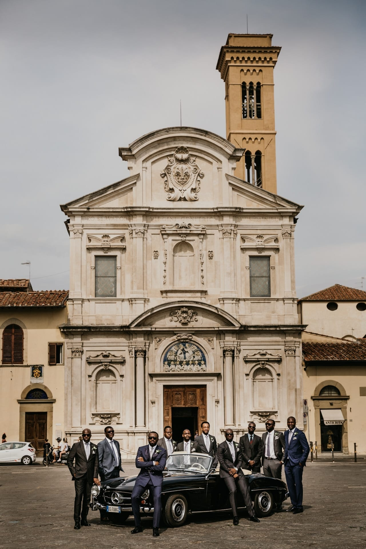 https://righiphotography-com.s3.eu-central-1.amazonaws.com/wp-content/uploads/2020/02/02183322/Weddin-Photo-Classic-Style-Studio-Fotografico-Righi-RIGHI-92.jpg