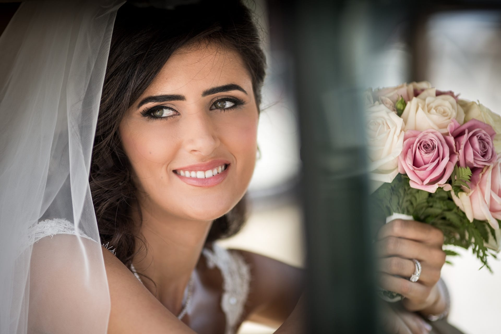 https://righiphotography-com.s3.eu-central-1.amazonaws.com/wp-content/uploads/2020/02/02183346/Weddin-Photo-Classic-Style-Studio-Fotografico-Righi-RIGHI-25.jpg